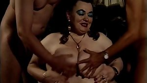 German BBW Granny House of Commons dirty and gets fisted - Molly luft