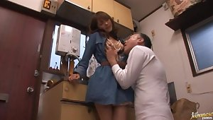 Cum in mouth ending for calumnious Mihiro after blowing a stranger