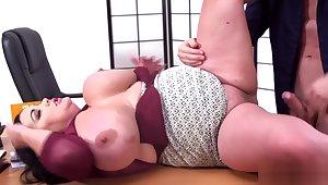 Nila Mason's Big-boob Sex Studies