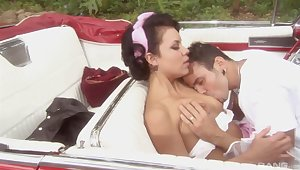 Retro back seat amateur porn with top Ruby Knox