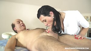 Czech massage girl Adelle Sabelle gets intimate not far from one elderly client